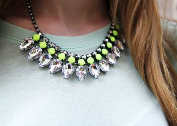 hm-fluo-necklace002s